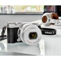 Цифровая фотокамера NIKON 1 J5 + Объектив 10-30mm PD-Zoom KIT SILVER (VVA243K001)